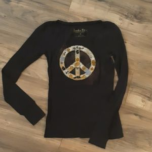 Embroidered peace sign shirt